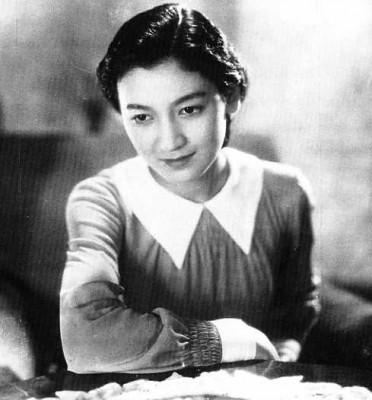 Setsuko_Hara_in_Atarashiki_Tsuchi